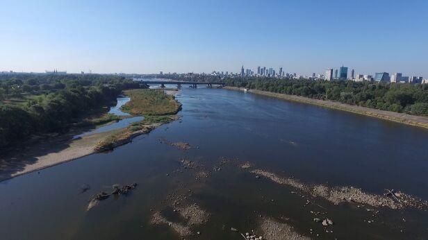 Poziom wody w Wiśle nadal niski TVN24
