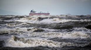 Silny wiatr we Władysławowie