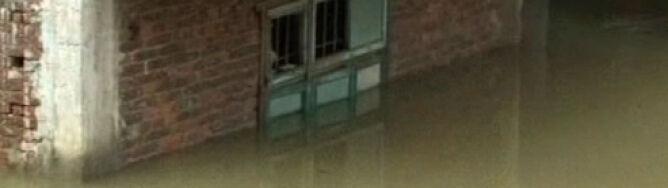 80 tys. ludzi ucieka przed powodzią